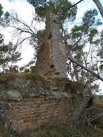 Les restes de la capella de Sant Miquel del Castell de Sant Jaume