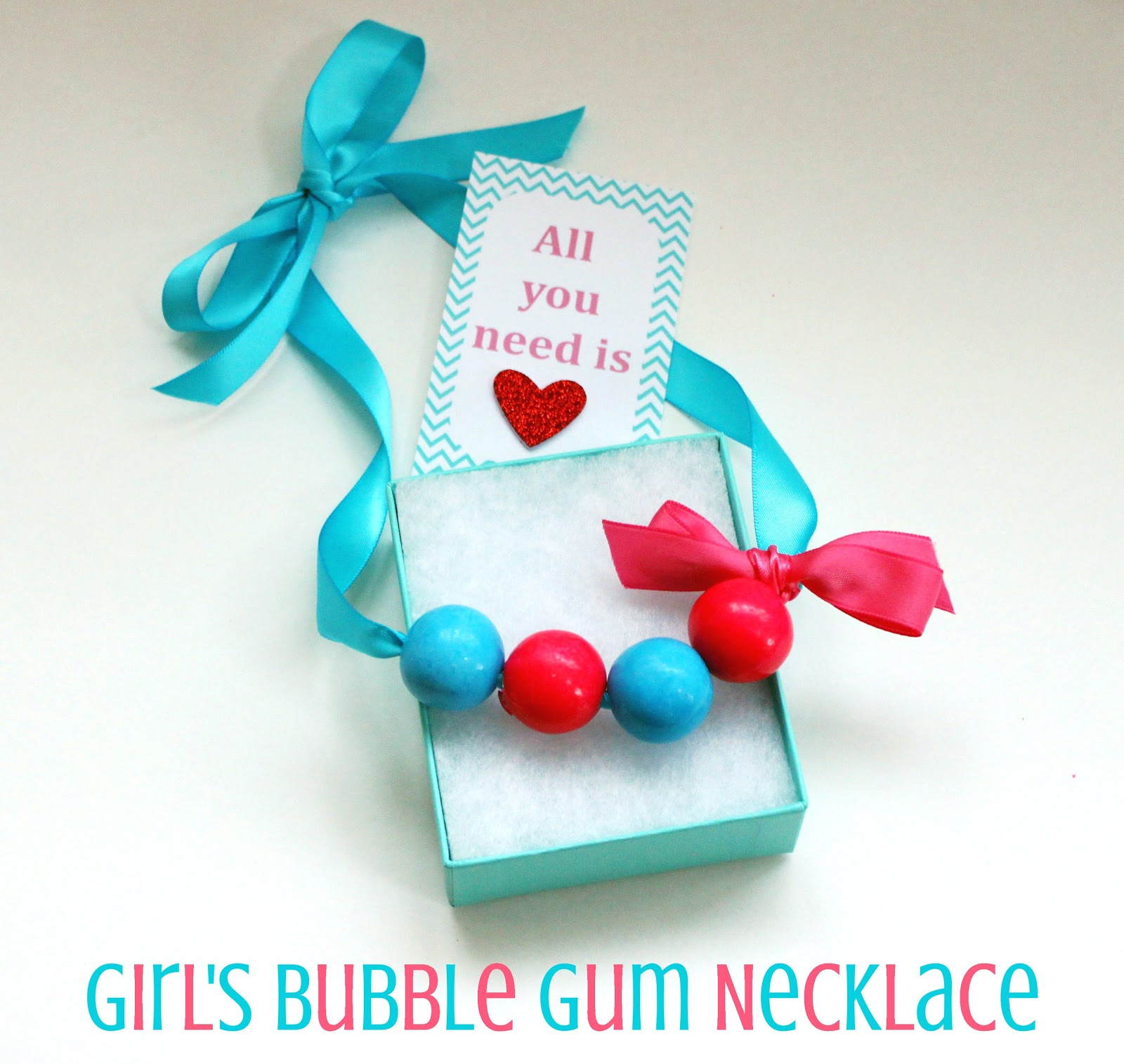 girls-bubble-gum-necklace-tutorial