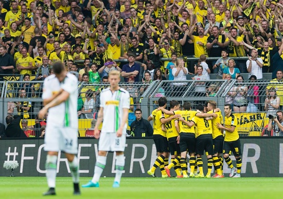 Borussia Dortmund 4 x 0 Borussia Monchengladbach - Bundelisga 2015/16