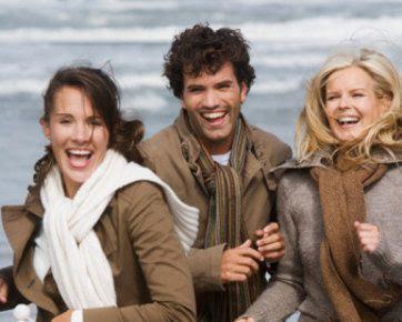 Trik Menghadapi Kekasih yang Punya Banyak Teman Wanita