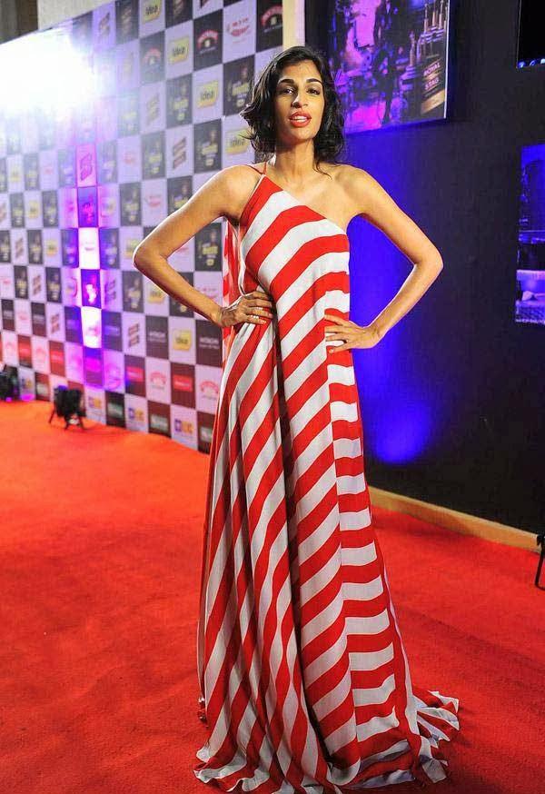 Anushka Manchanda at Mirchi Music Awards 2014