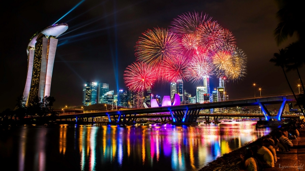 Fireworks by Alvin Choi (Lyricalight Photos)
