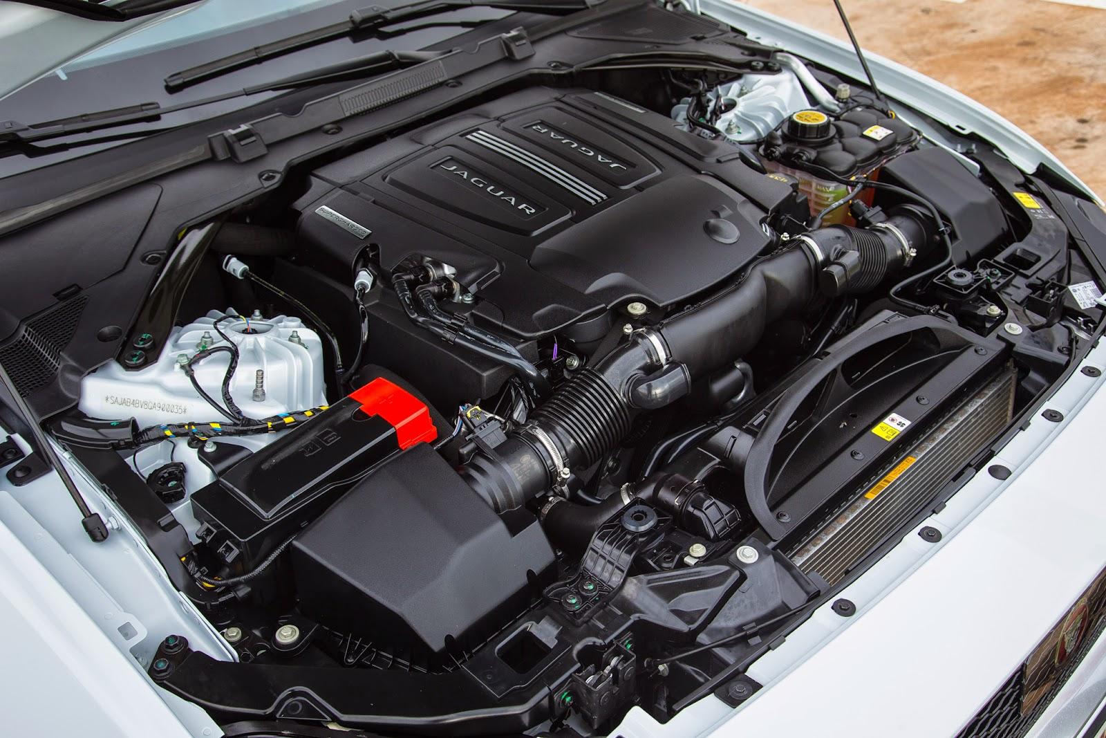 2017 Jaguar XE Engine