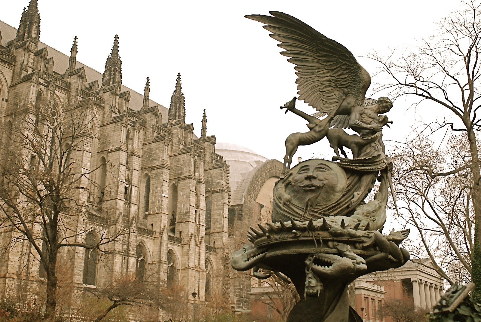 NYC ♥ NYC: Children\'s Sculpture Garden and the Fountain of Peace