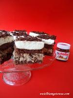 Ciasto z nutellą i suszonymi śliwkami