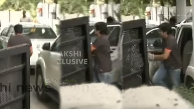Pawan Kalyan at Chiranjeevi's House | Watch Video