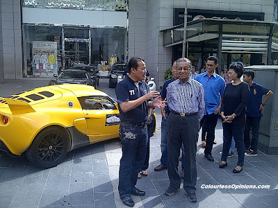 Mahathir at Pavilion KL The Loft during The Host Lotus Convoy Malaysia