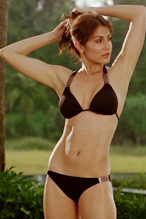 Anushka Sharma in Black Bikini