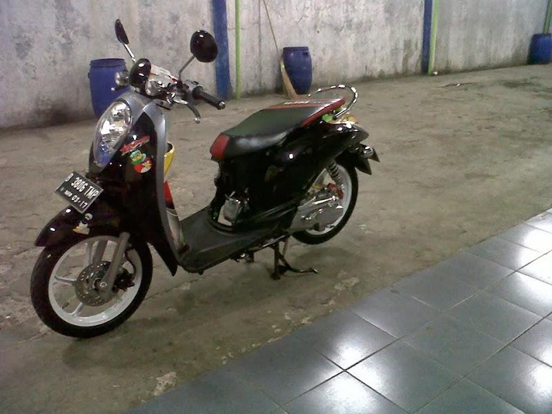 Judul: Gambar Modifikasi Motor Honda Scoopy Terbaru title=