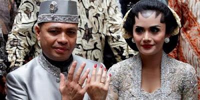 Foto Pernikahan KD dan Raul 1