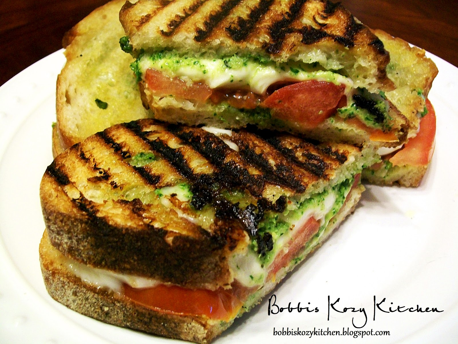 check freshly pressed or pressed mozzarella and tomato sandwich ...