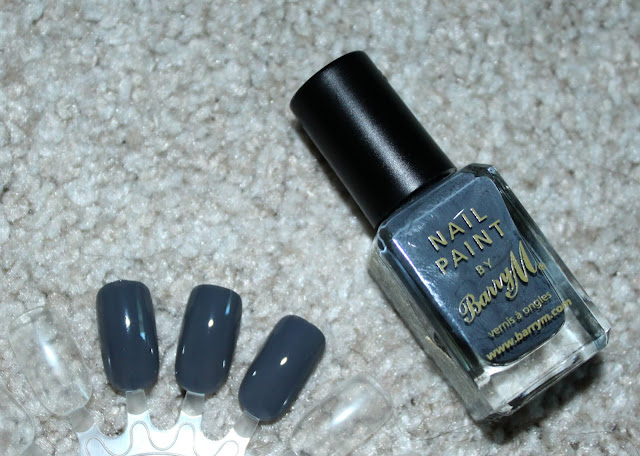 BARRY M NAIL PAIN IN GREY