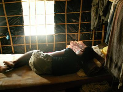 ΣΥΡΙΖΑ ΚΑΙ ΚΚΕ ΚΑΤΑΔΙΚΑΖΟΥΝ ΤΙΣ ΑΘΛΙΟΤΗΤΕΣ ΣΤΟ «ΦΡΑΟΥΛΟΚΡΑΤΟΣ» ΤΗΣ ΜΑΝΩΛΑΔΑΣ ΗΛΕΙΑΣ