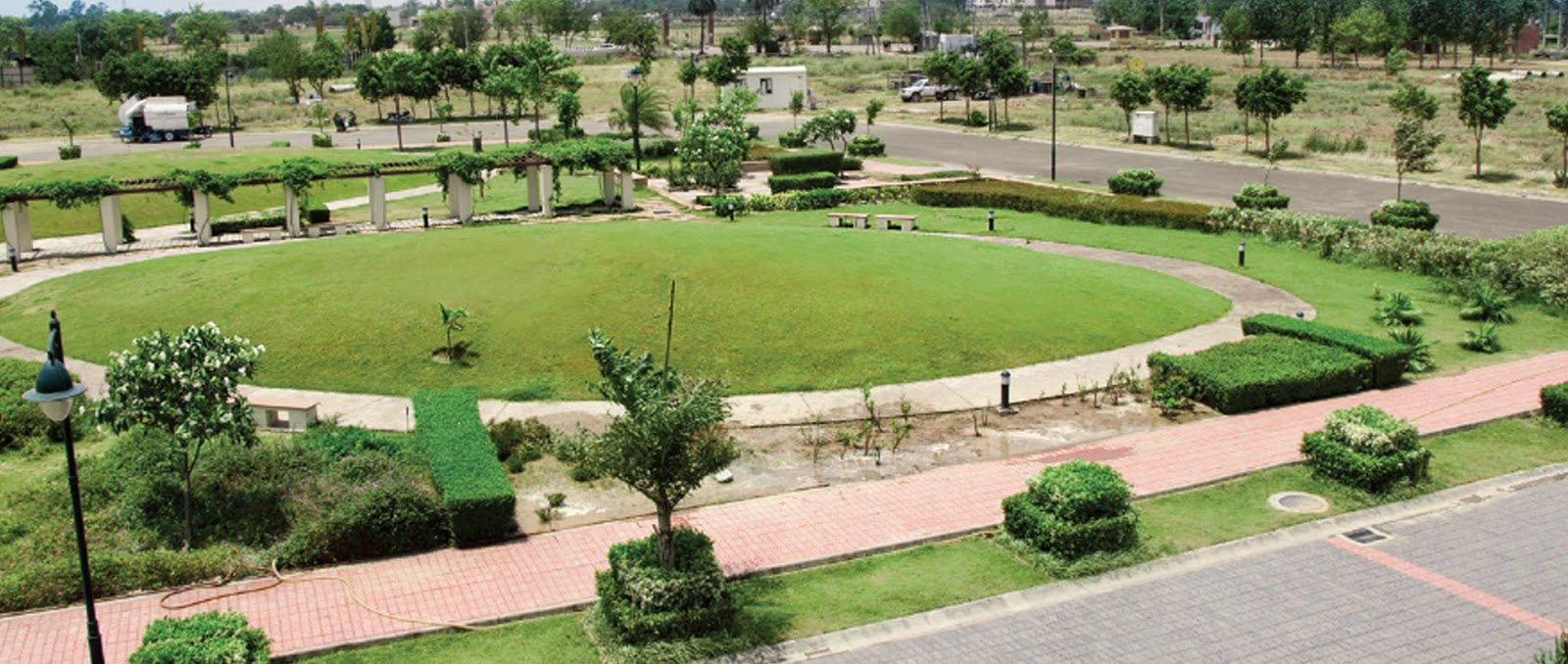 Emaar MGF Mohali Hills, Exclusive Plots