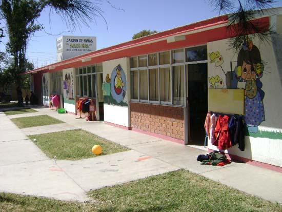 Ambientes de aprendizaje en preescolar for Casa de jardin ninos