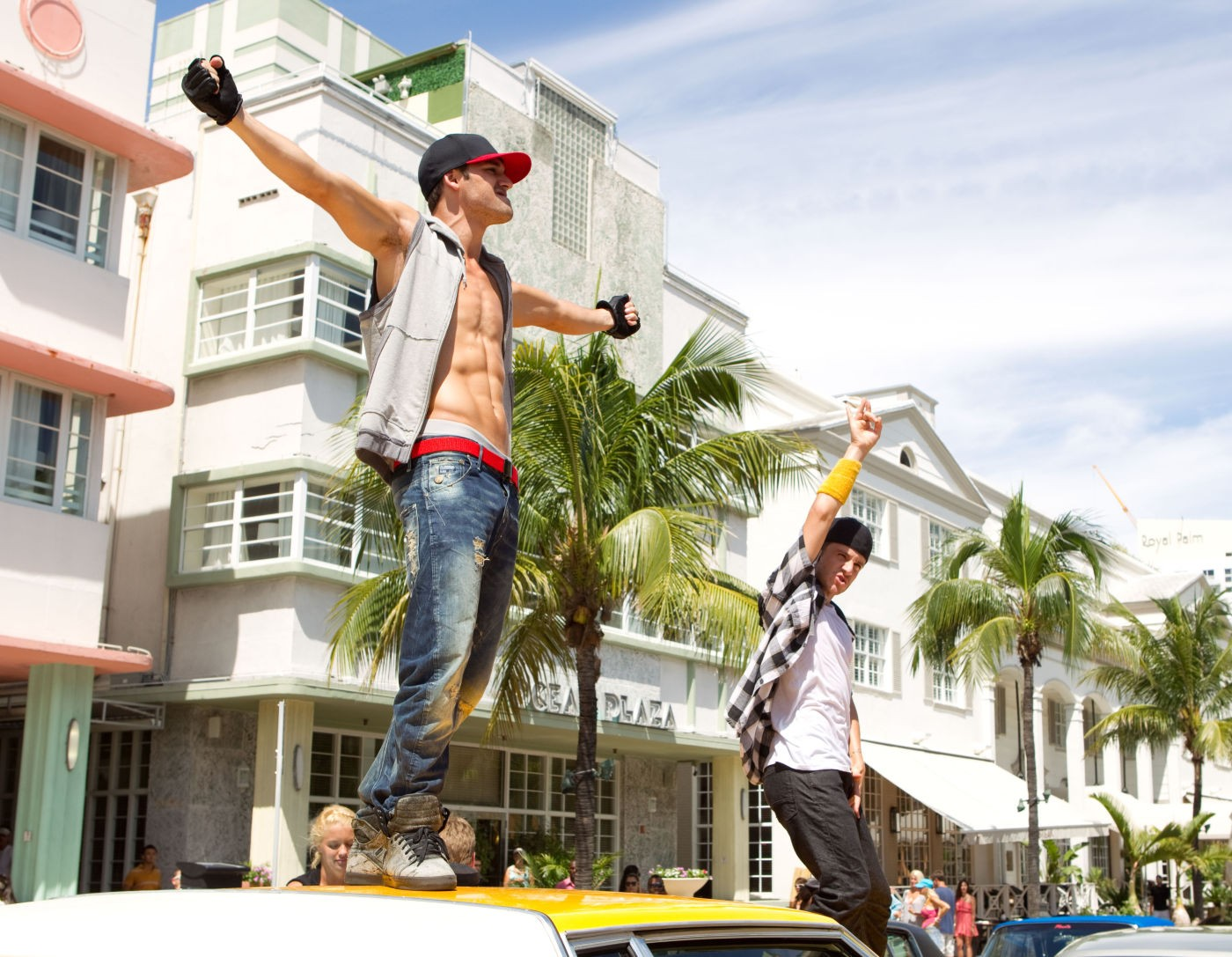 I AM CHIALYNN Step Up Revolution - A step up in amazing architecture la