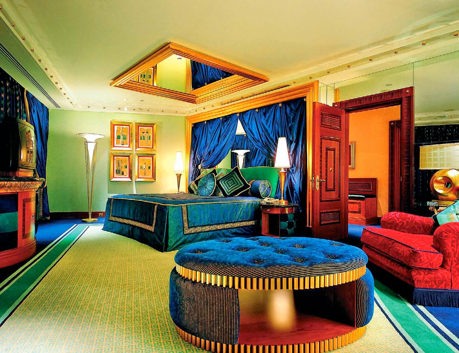 Luxury hotels in india for Burj al arab suite