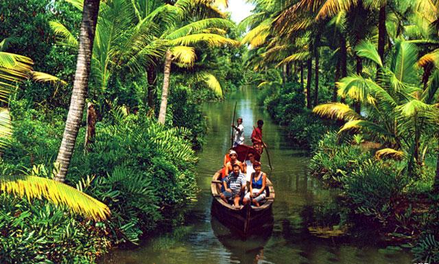kerala-backwater-winter