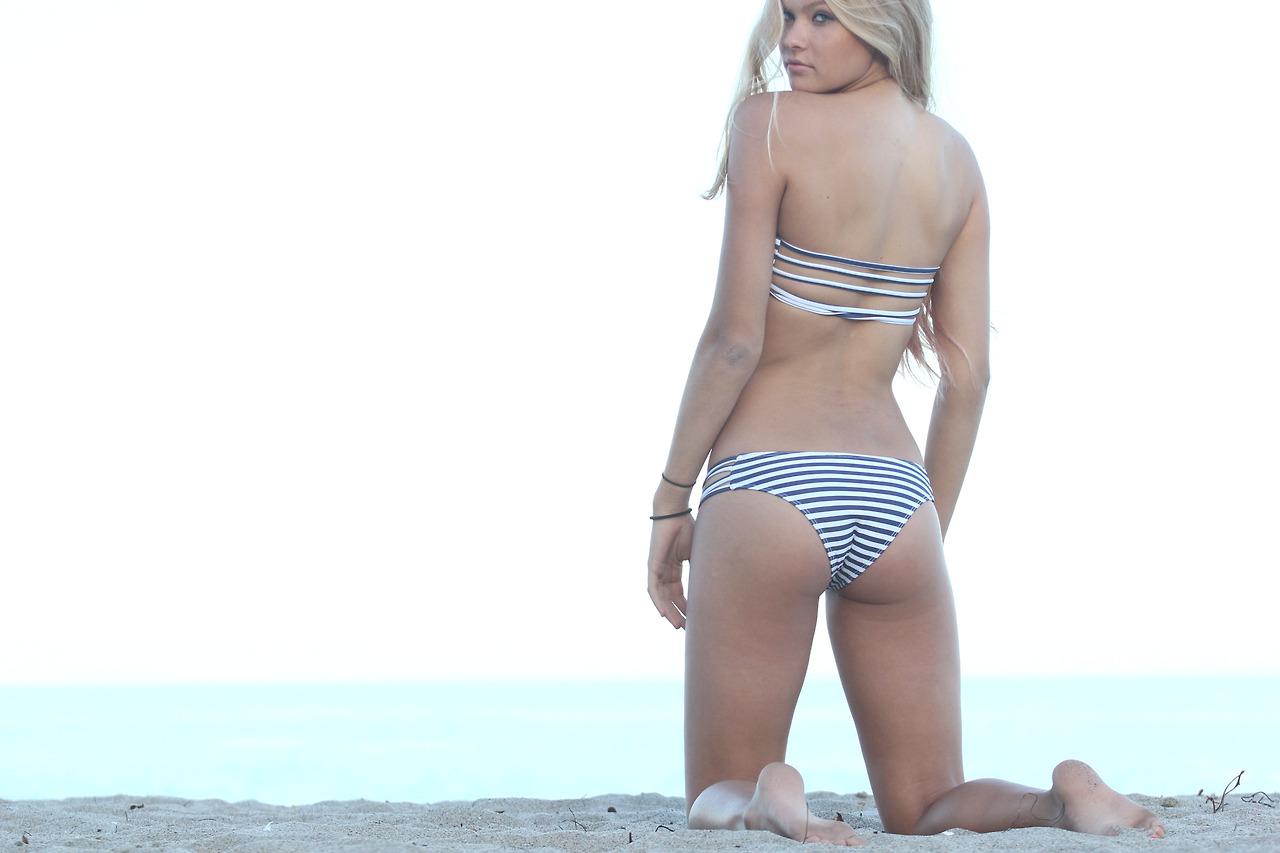 Josie Canseco Bikini Pictures