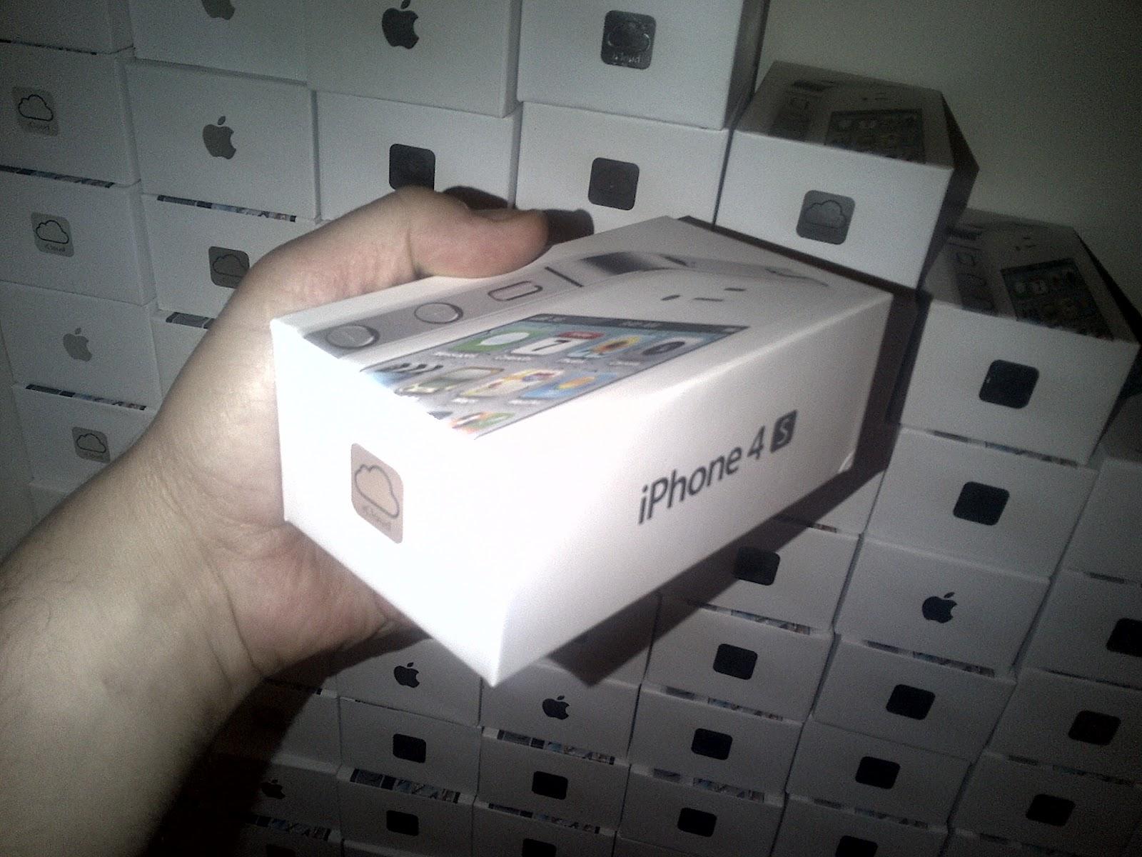 http://3.bp.blogspot.com/-MG5z7pes4bE/UALZb17bnKI/AAAAAAAACiA/K_313gk6qzg/s1600/iphone%204s%20boxes.jpg