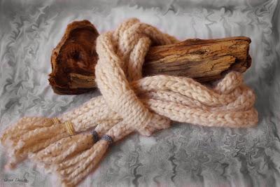 gunadesign_Crochet_ Scarf _Lariat- Ice Age