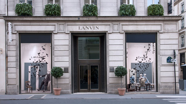 the style examiner lanvin store windows on rue du. Black Bedroom Furniture Sets. Home Design Ideas