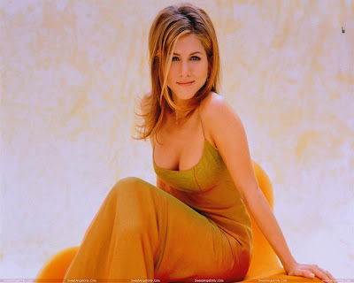 jennifer_aniston_looking_hot_wallpaper_21_SweetAngelOnly.com