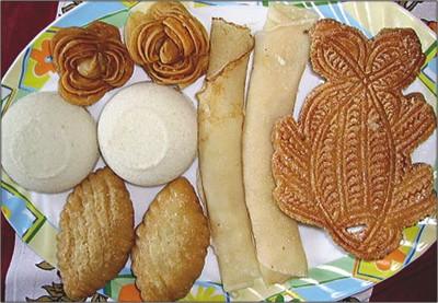 Ghurnayoman Ghora Fera Bangladeshi Pitha Traditional Cake