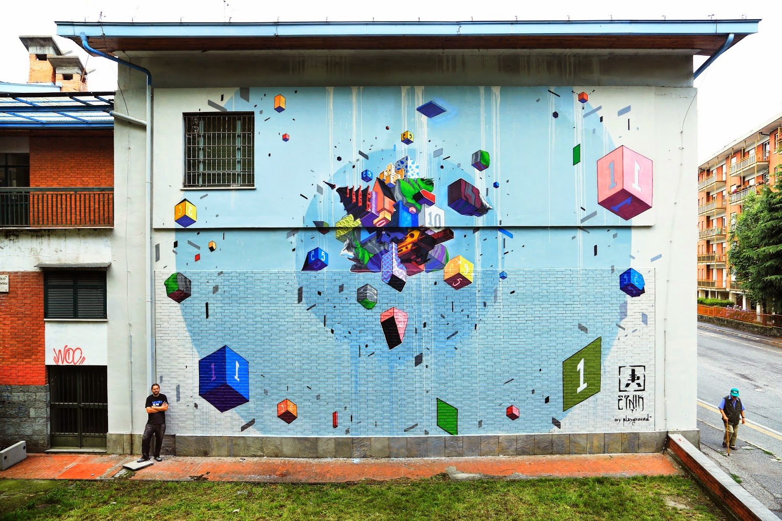 Etnik was recently invited to paint for the Street Alps Festival where he just finished working on this new piece somewhere in Pinerolo, a small city in northwestern Italy, 40 kilometres southwest of Turin on the river Chisone.