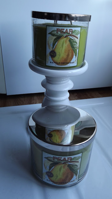 Fresh Picked PEAR no. 7 candle Photo