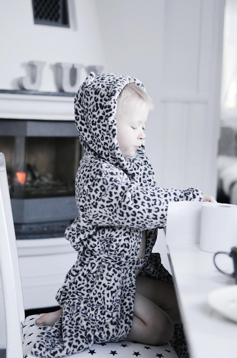åhlens, leopard, morgonrock