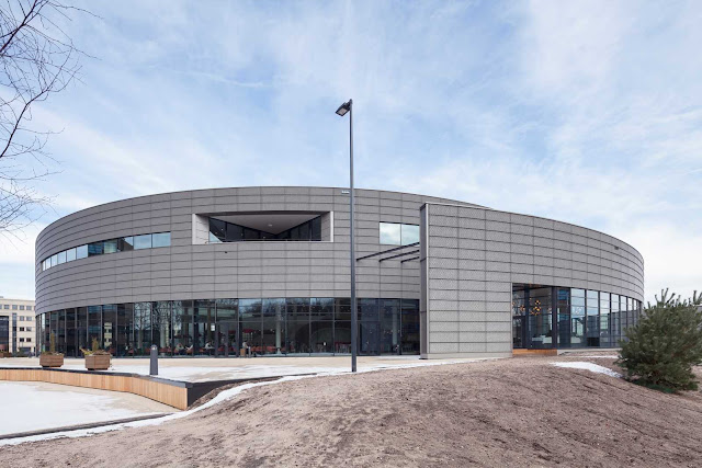 03-Conference-Center-by-ADP-Architects