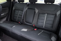 Mitsubishi L200 Series 5 Double Cab (2016) Rear Seats