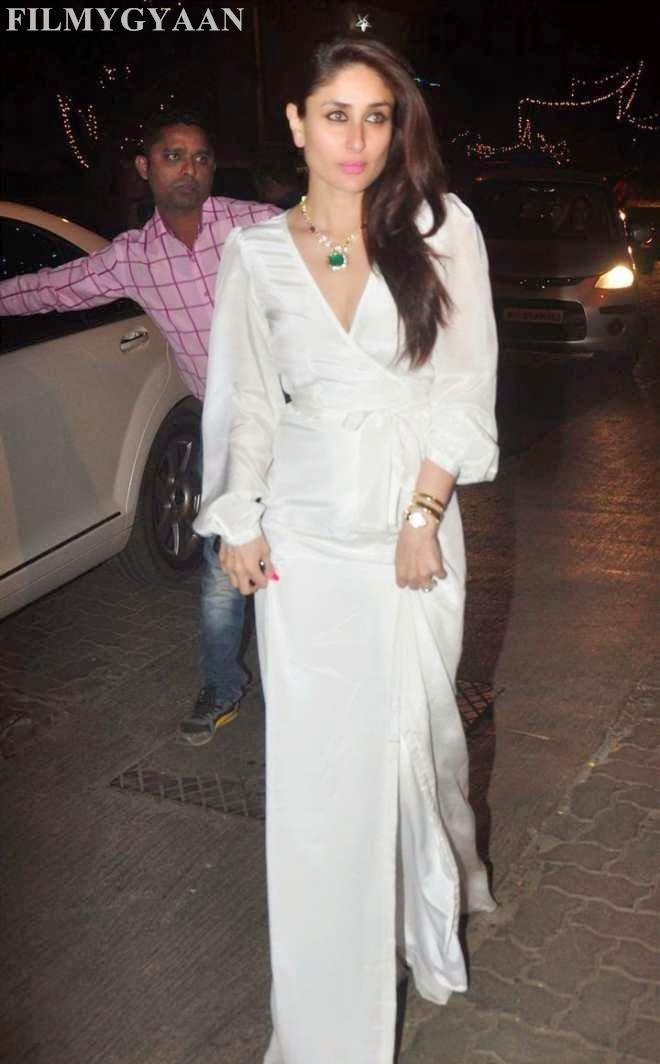 Kareena Kapoor Cleavage Photo In White Gown