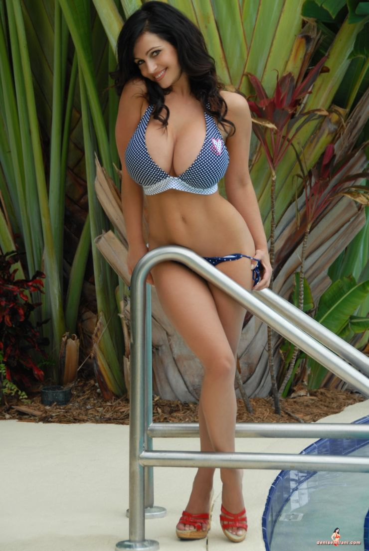 What Happened to Denise Milani http://hotnudewomen0.blogspot.com/2011/08/denise-milani-sexy-image.html