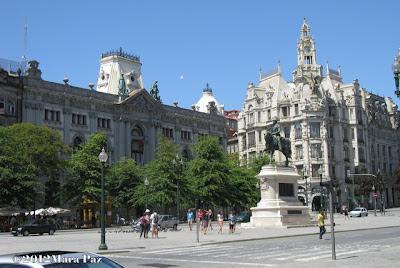 Prédios da Praça da Liberdade, Porto