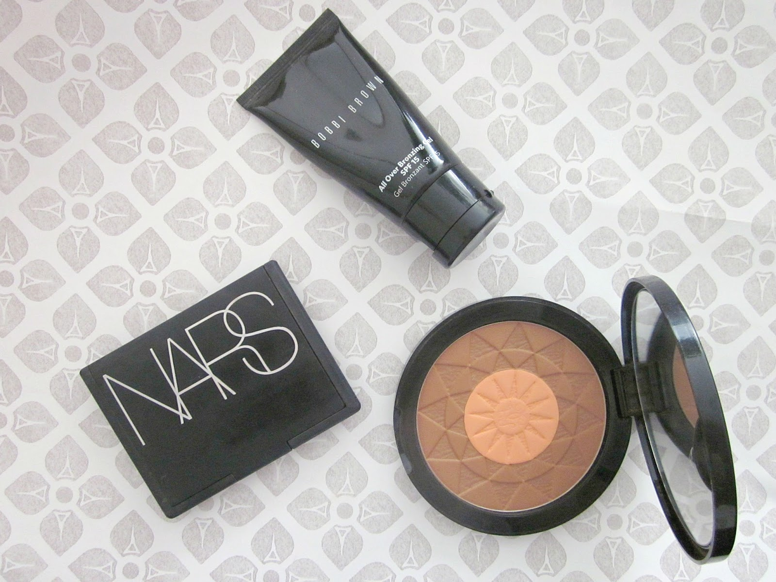 Bronzers Nars Laguna Guerlain Terracotta and Bobbi Brown Gel
