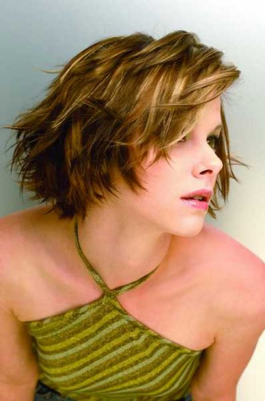PROM HAIRSTYLE UPDOS: SHORT HAIRCUTS FOR WOMEN ARE VERSATILE