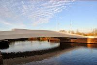 10-Na-Druk-Geluk-Brug-by-René-van-Zuuk-Architects