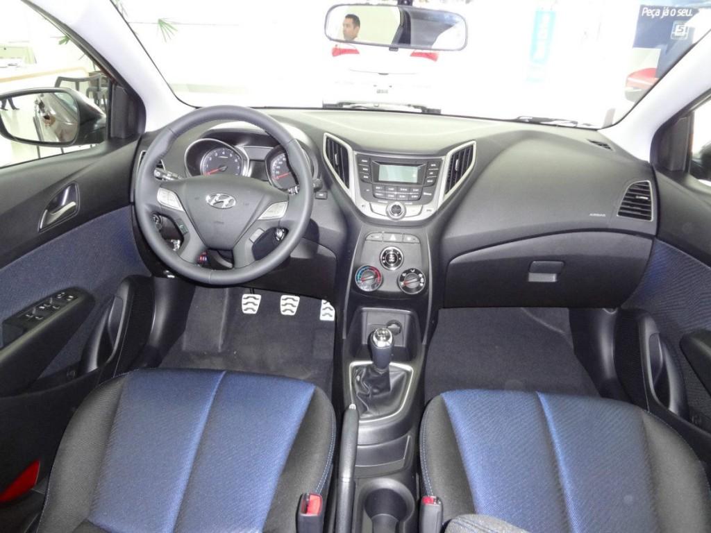 novo Hyundai HB20 2014 interior