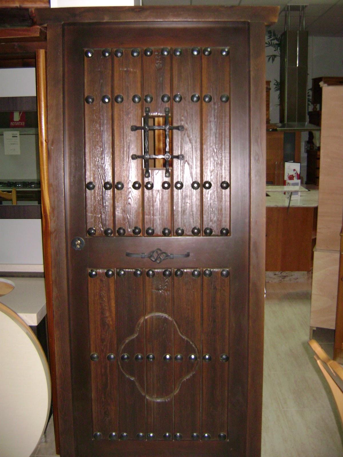 Cocinas rusticas madera ver modelos puertas cocina - Puertas rusticas de madera ...
