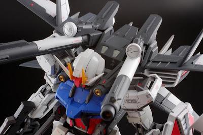 RG Aile Strike Gundam wallpaper