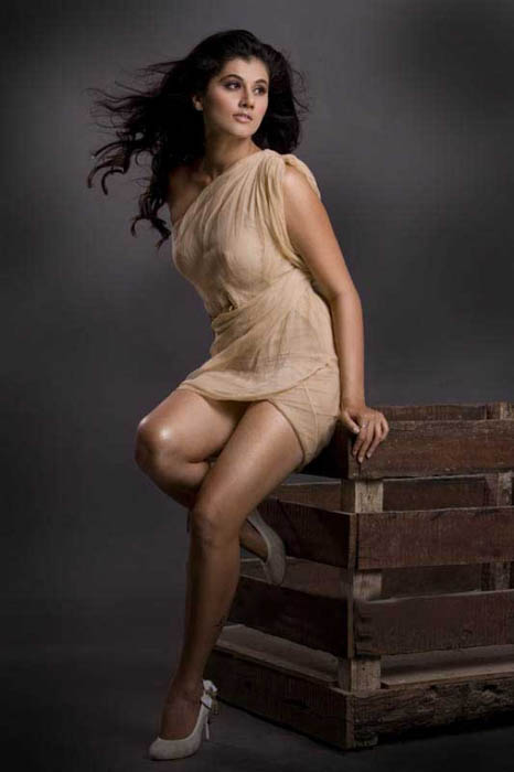 Tollywood, Tapsee Latest Hot Stills, Tapsee Latest Hot gallerry, Tapsee Latest Hot images, Tapsee Latest Hot photos, Tapsee Latest Hot wallapapers, Tapsee Latest Hot Boobs, Tapsee latest hot videos,