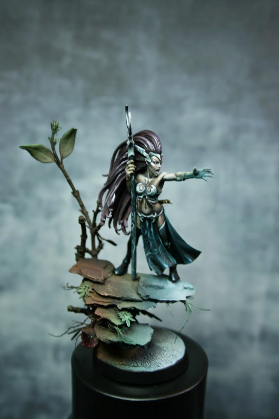 Eureka! miniature painting: PAP: Hechicera Elfa Oscura