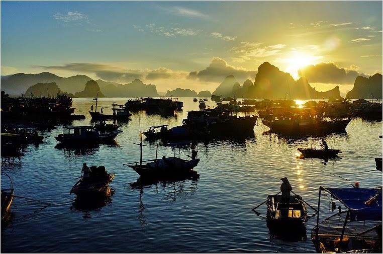 Compact Camera, Best Photo of the Day in Emphoka by Hùng Vũ, Fujifilm FinePix X100, https://flic.kr/p/fafaej
