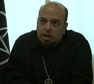 """Bruxos da religião wicca se defendem com base na """"lei da tríplice"""""""