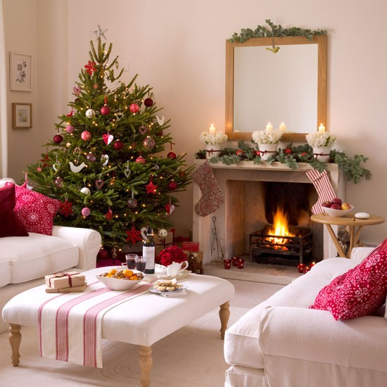5 inspiring christmas shabby chic living room decorating for Xmas room design