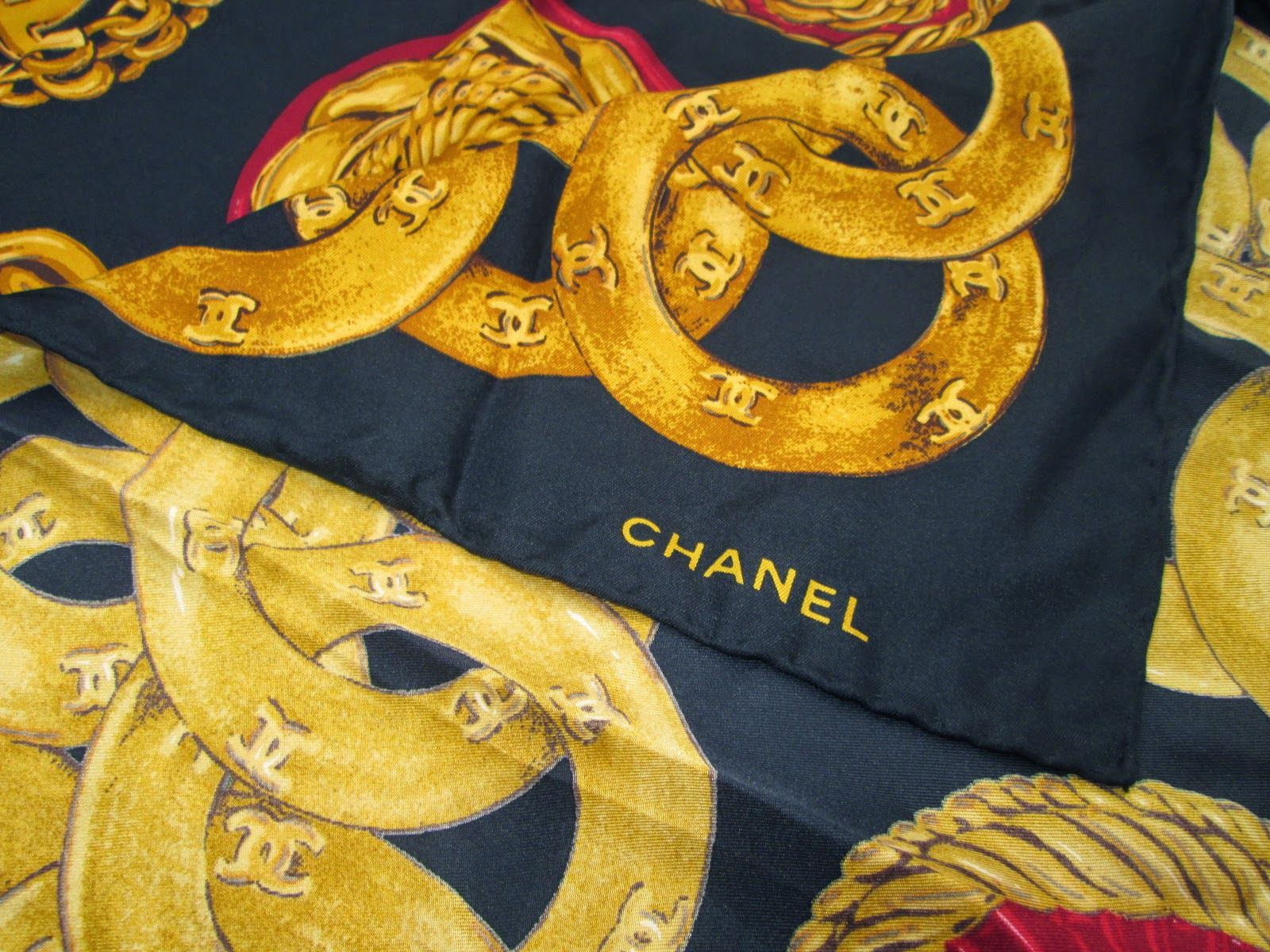 Friperie Bijoux Vintage Paris : D rayakeebag authentic chanel paris quot bijoux print