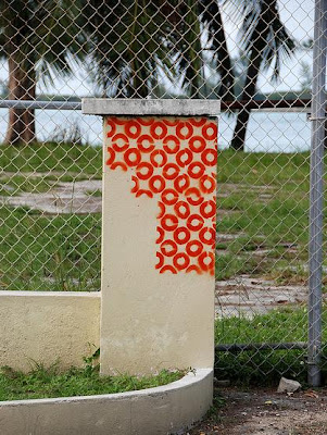 Bahamas graffiti
