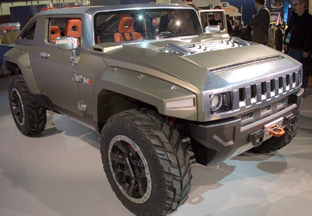 Car Overview: 2013 Hummer H4